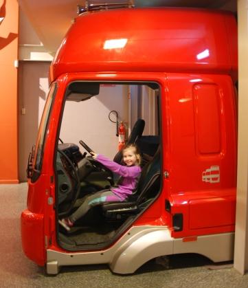 maebh driving truck2