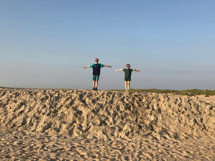 StarsStripesAndMayonnaise_Beach12
