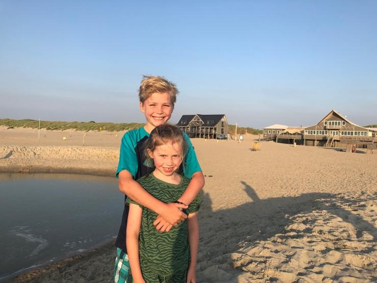 StarsStripesAndMayonnaise_Beach16